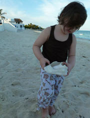 Come to Puerto Morelos Villas and let your kids experiance nature.